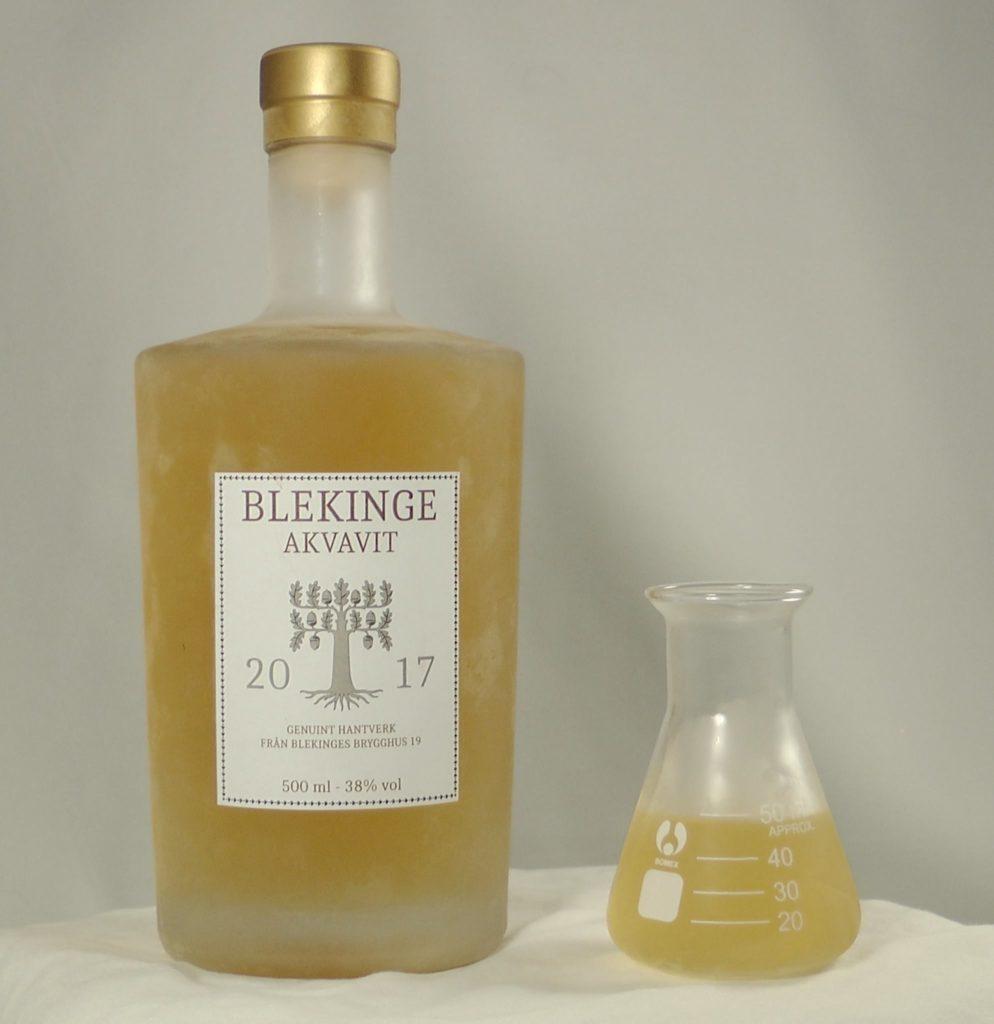 Blekinge Akvavit - Brygghus 19s egna akvavit som är baserad på ölbas från bryggeriet som sedan destillerats och kryddats